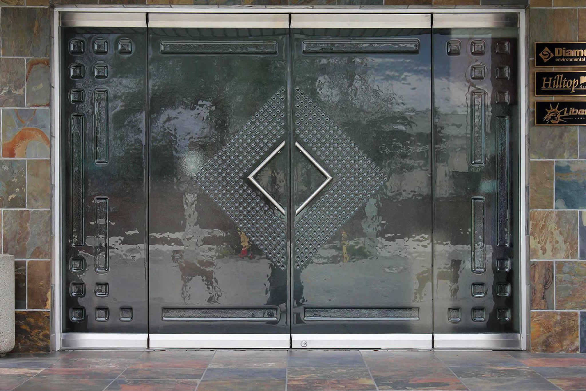 cast glass door by Experience Glass