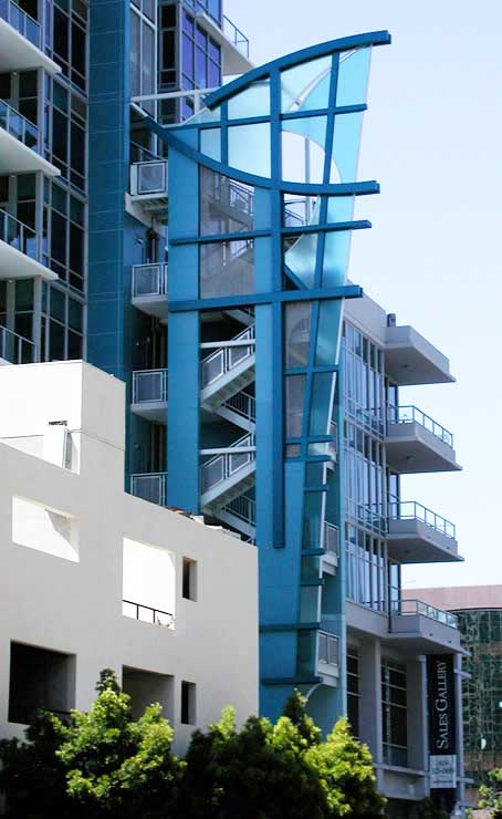 Custom architectural art glass in Sapphire Tower San Diego by Experience Glass